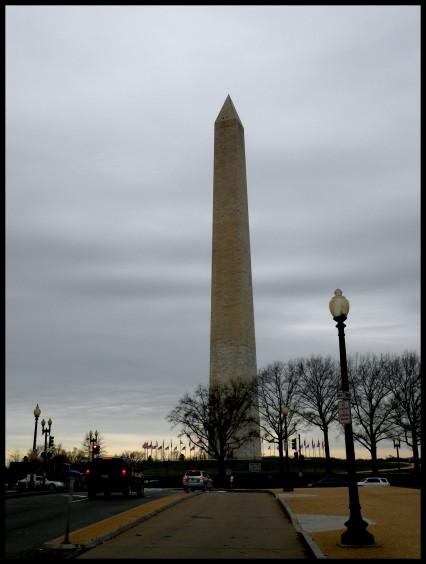 Le Washington Memorial. Cet obélisque mesure 170 m de haut et a été élevé en 1885 en l'honneur du président Washington.