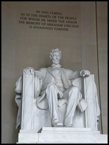 La statue du président Lincoln, impressionnante,mesure plus de 6 m de haut !